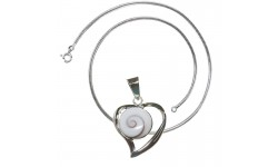 Chaine snake et pendentif coeur C012